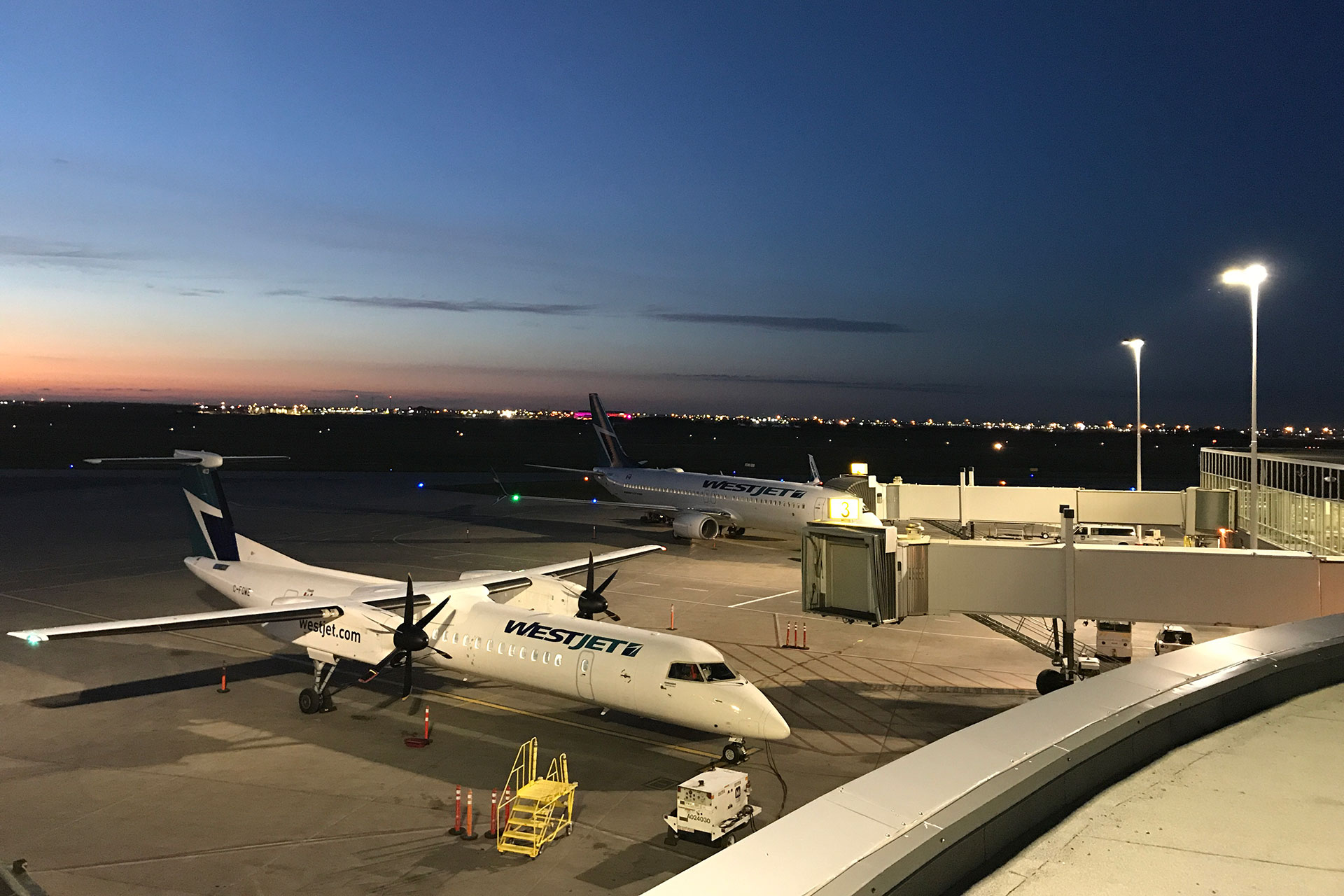 OMNIstar provides perfect uniformity for the apron lighting at Saskatoon airport in Canada