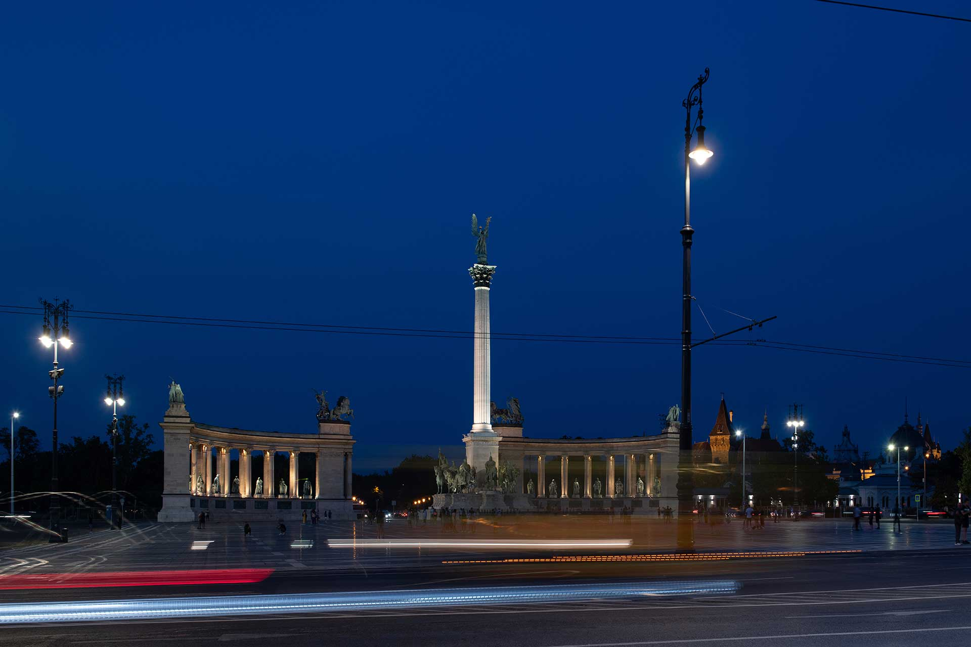 Kandelabra LED lanterns provide a white light to ensure safety on this busy axe in the Hungarian capital city
