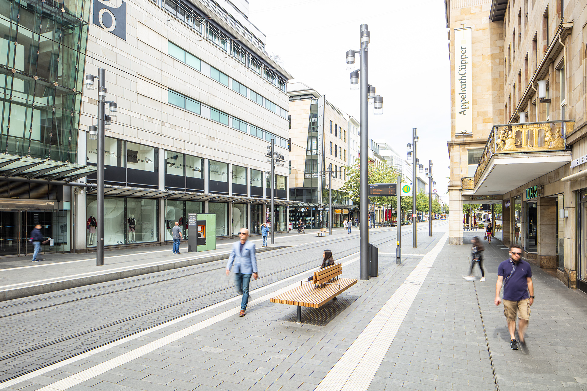 Urban street lights have transformed the Planken into a warm, welcoming landscape for shoppers