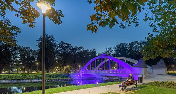 Schréder provided a holistic lighting solution to renovate the 100-year old Central Park in Swidnica which won a prize from the Polish Lighting Industry Association