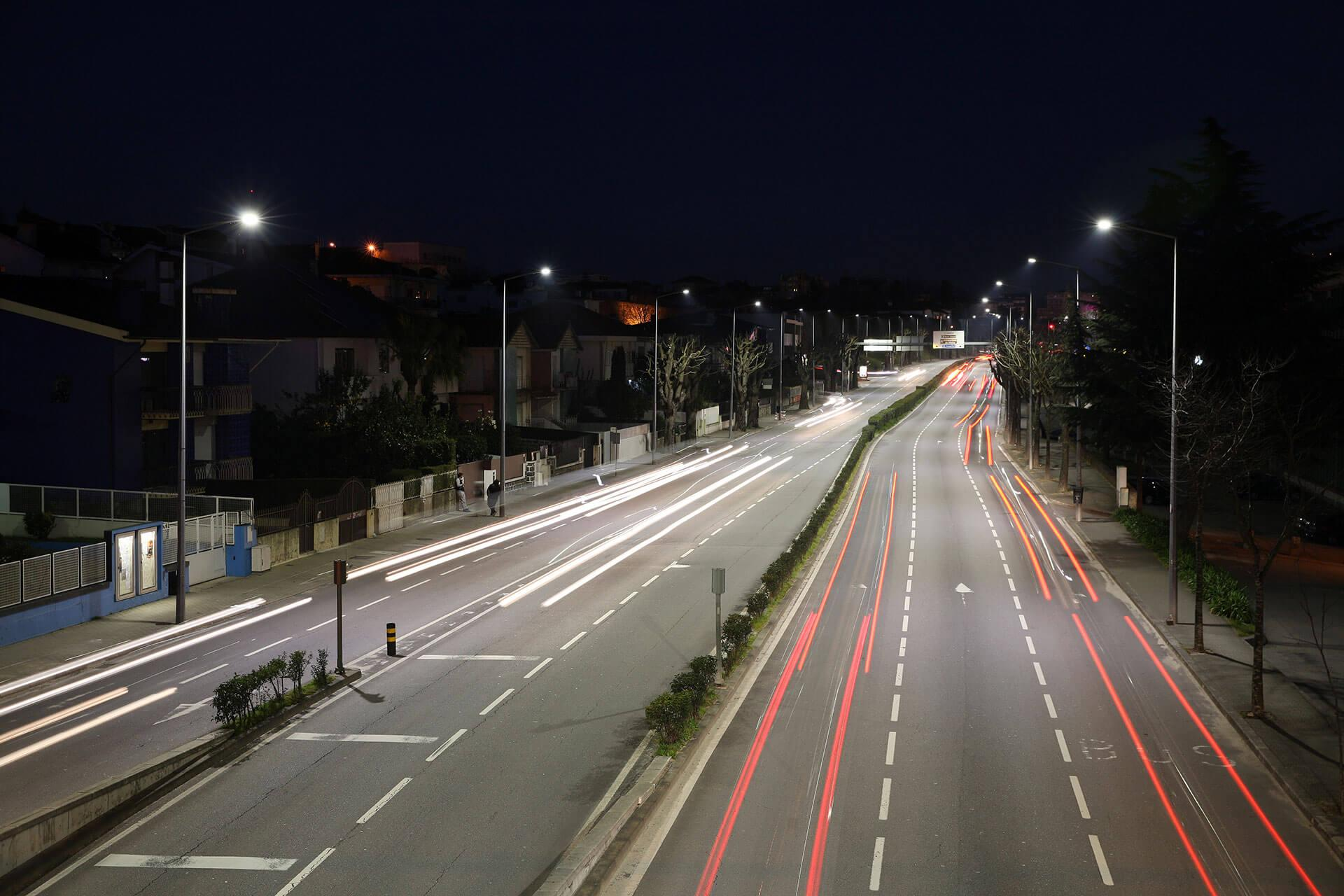 Nearly 4,000 Voltana outdoor LED luminaires light the town of Braga to improve safety and reduce energy costs